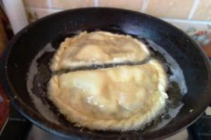 Домашние чебуреки с мясом